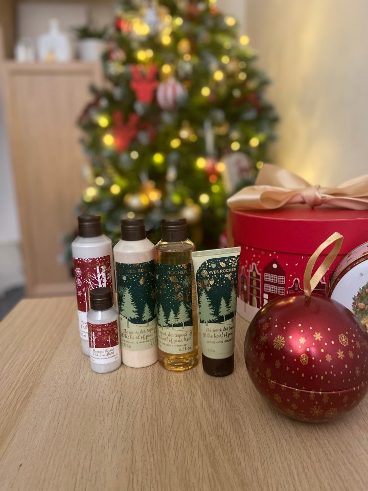 LA COLLECTION DE NOËL YVES ROCHER 2019
